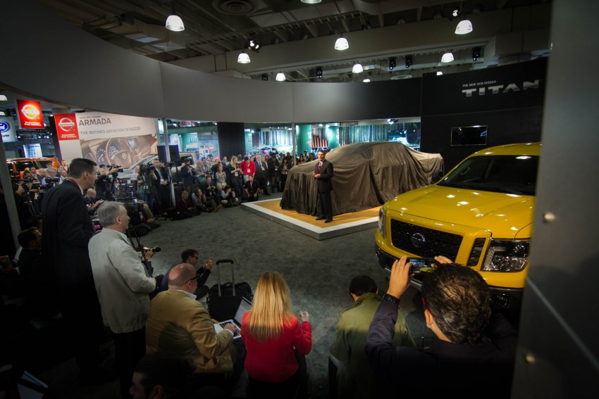2017 Nissan Titan Crew Cab unveiled at New York; 5.0 litre Endurance V8 now available on larger Titan XD Image #466727