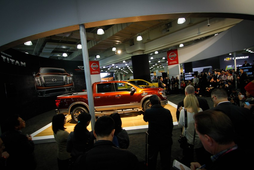 2017 Nissan Titan Crew Cab unveiled at New York; 5.0 litre Endurance V8 now available on larger Titan XD Image #466734