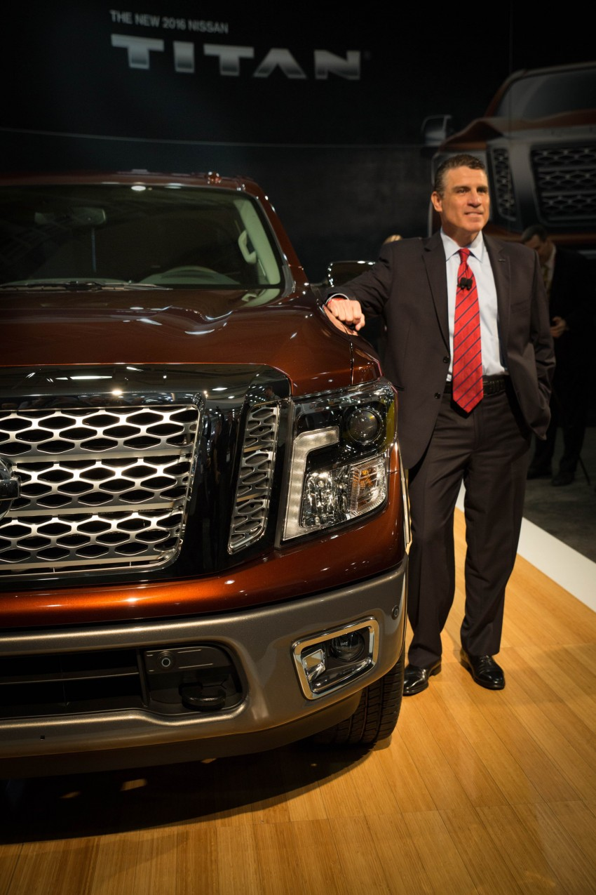 2017 Nissan Titan Crew Cab unveiled at New York; 5.0 litre Endurance V8 now available on larger Titan XD Image #466735