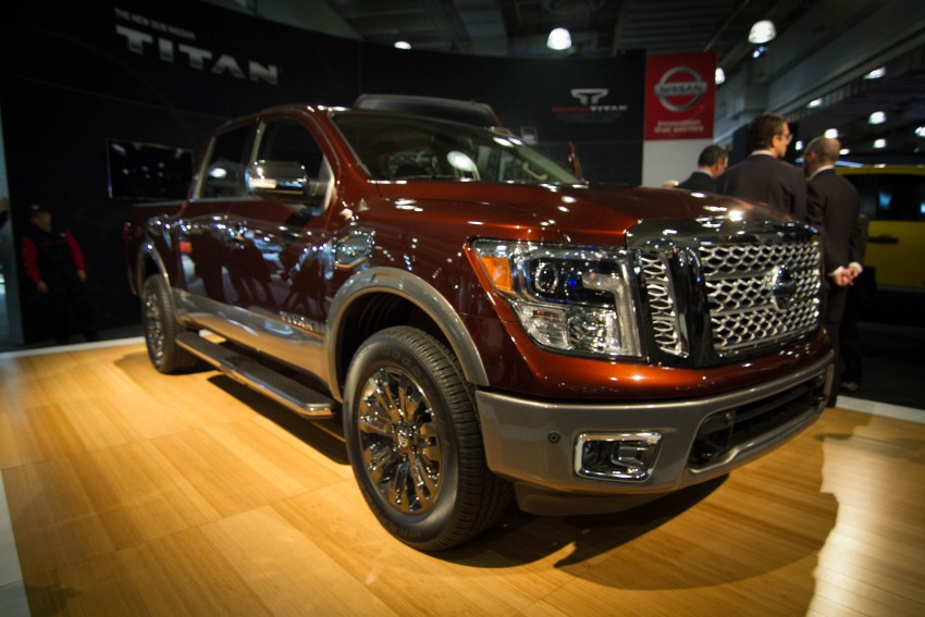 2017 Nissan Titan Crew Cab unveiled at New York; 5.0 litre Endurance V8 now available on larger Titan XD Image #466736
