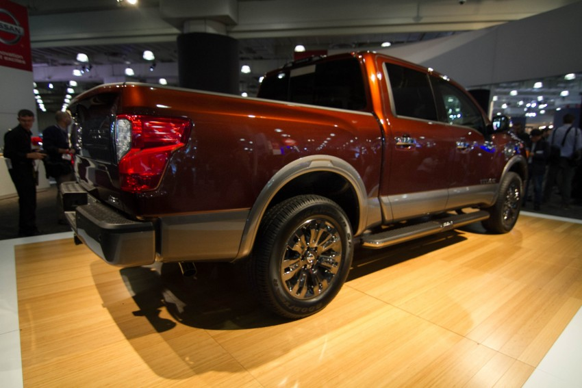 2017 Nissan Titan Crew Cab unveiled at New York; 5.0 litre Endurance V8 now available on larger Titan XD Image #466737