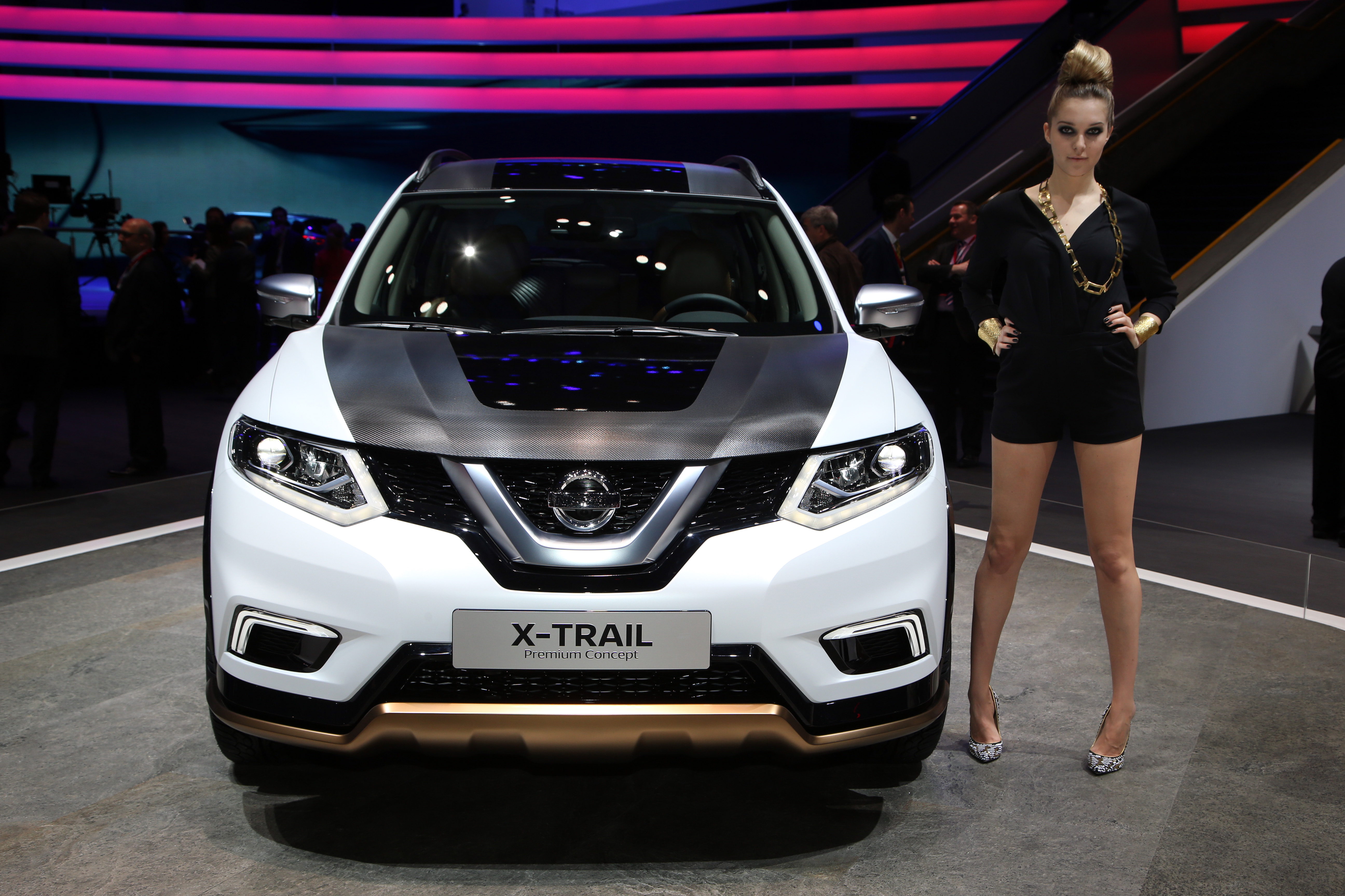 Nissan X Trail Qashqai Premium Concepts At Geneva