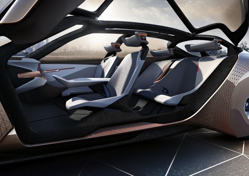 BMW Vision Next 100 tampil konsep teknologi yang bakal diterapkan BMW untuk 100 tahun akan datang Image #456665