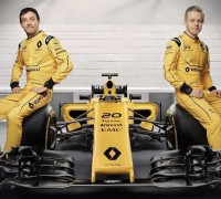 Renault RS16 new livery F1-02