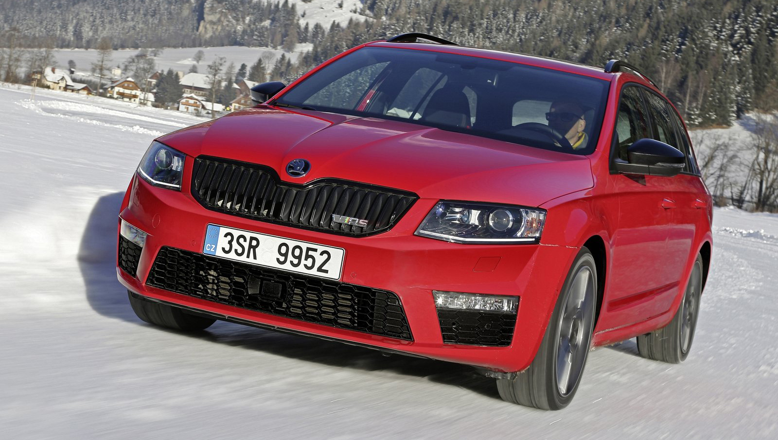 skoda octavia rs 4 4 all wheel drive for the 2 0 tdi paul tan image 451807. Black Bedroom Furniture Sets. Home Design Ideas