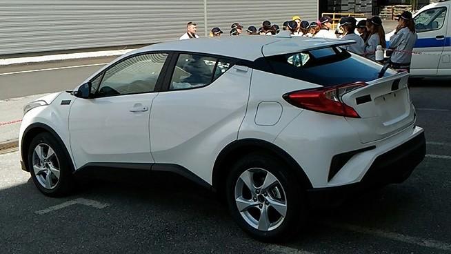 SPYSHOT: Toyota C-HR di Turki; mungkin bakal diproduksi di ...