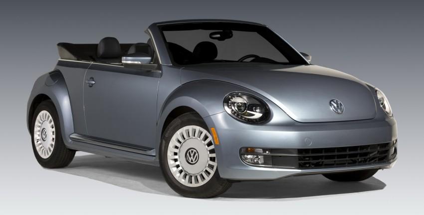 2016 Volkswagen Beetle Convertible Denim Edition Image #456277