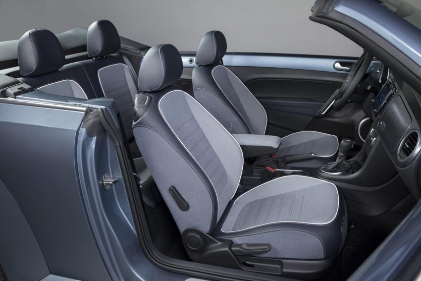 2016 Volkswagen Beetle Convertible Denim Edition Image #456284