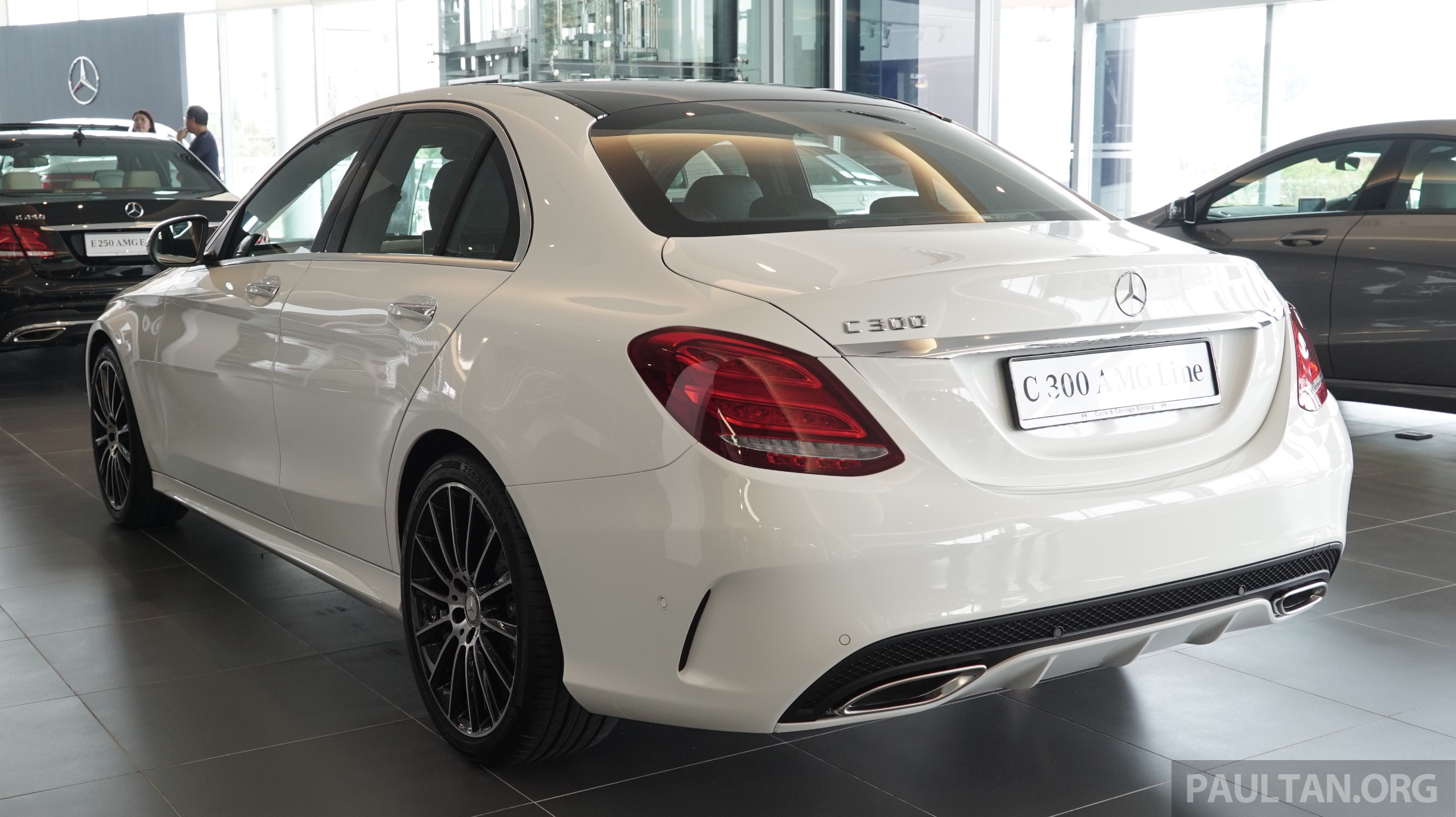 Mercedes Benz Amg >> GALLERY: W205 Mercedes-Benz C180 Avantgarde and C300 AMG ...