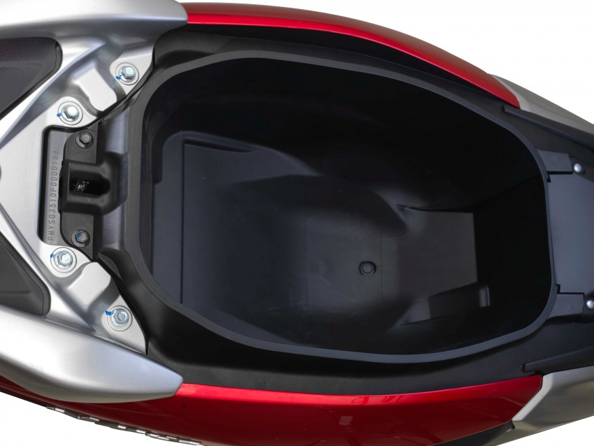 Yamaha NMax 2016 sah dijual pada harga RM8,812 Image #456834