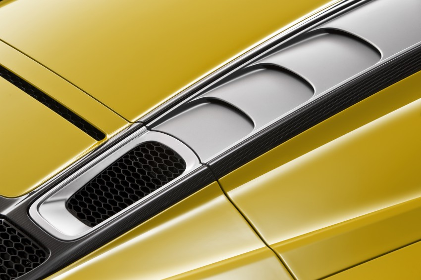 Audi R8 Spyder V10 debuts at New York Auto Show Image #465552