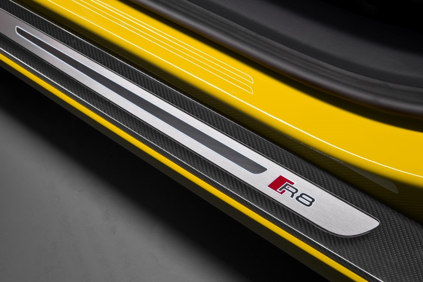 Audi R8 Spyder V10 debuts at New York Auto Show Image #465555