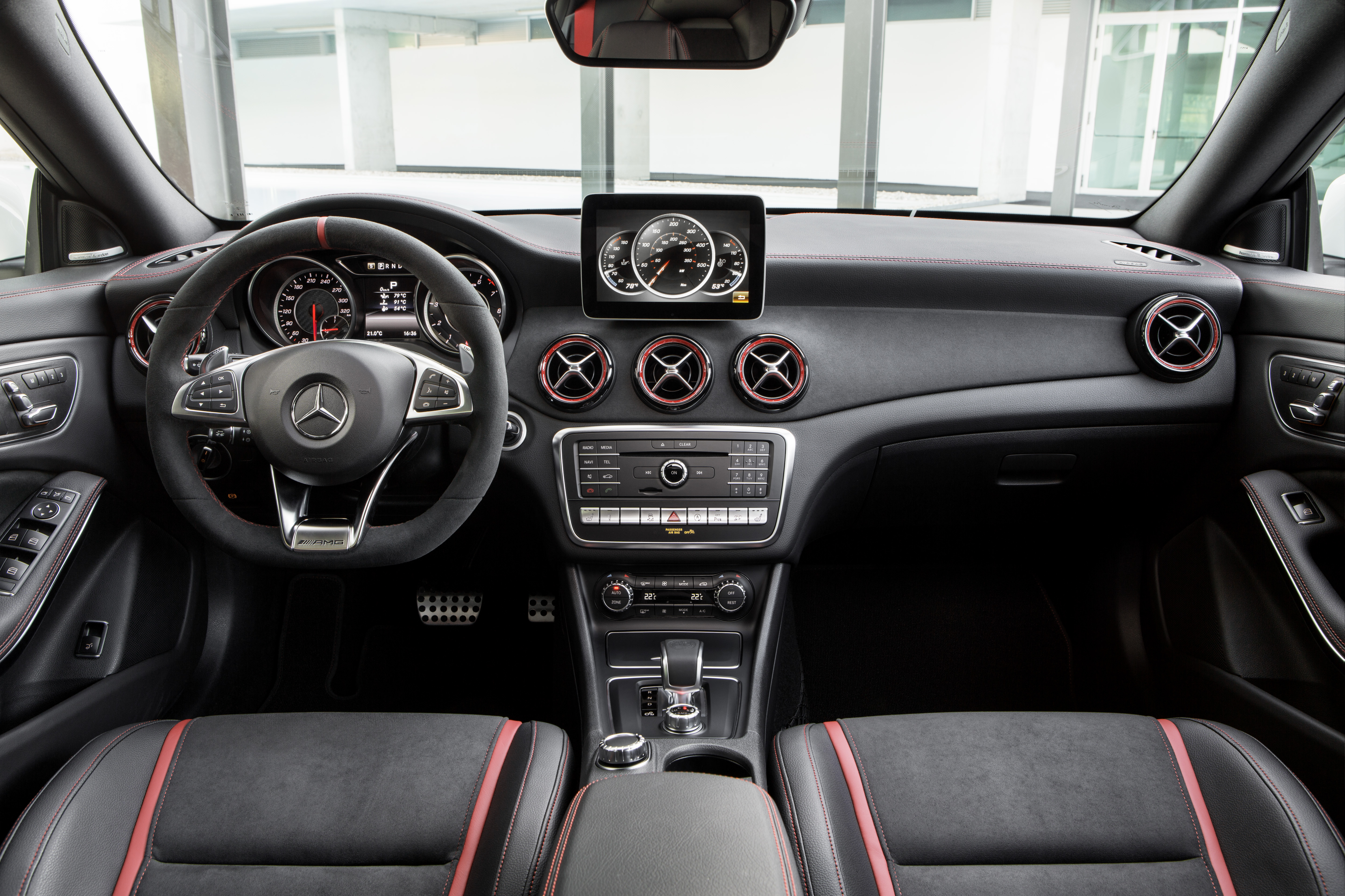 Mercedes-AMG CLA45 facelift debuts – 381 hp/475 Nm Image ...