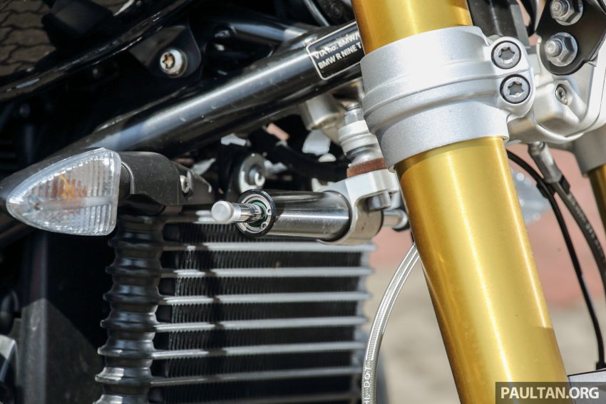 REVIEW: 2015 BMW R nineT – old-new classic custom Image #481355