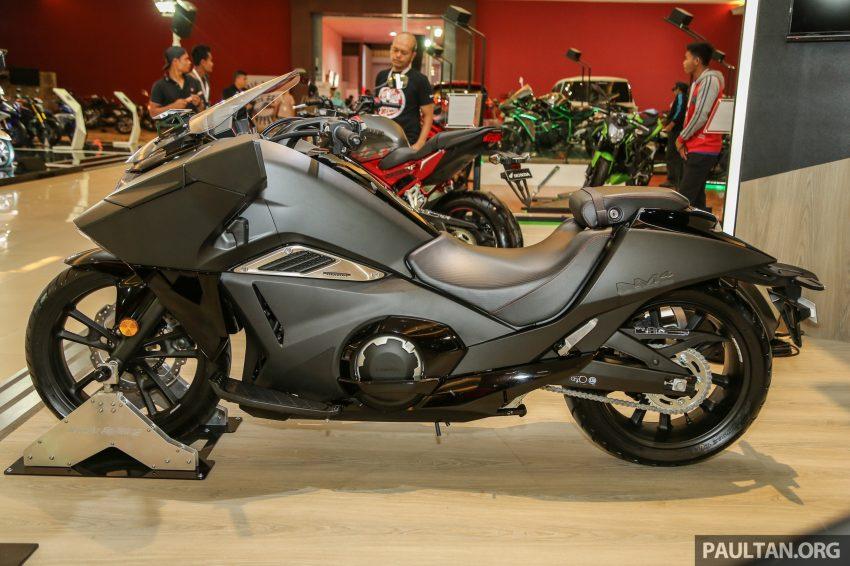 IIMS 2016: Honda NM4 Vultus maxi-scooter on show Image #476304