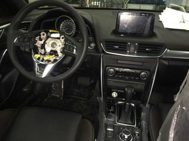 2016 Mazda CX-4 spyshots 21