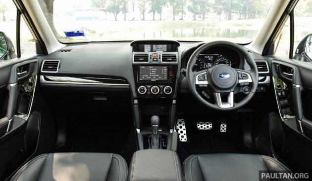 2016 Subaru Forester 2.0i-P int 1