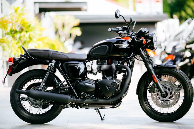 2016 triumph bonneville t120 t120 black and thruxton r official malaysian release from rm79 900. Black Bedroom Furniture Sets. Home Design Ideas