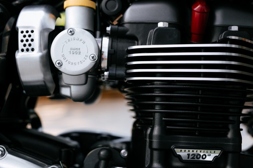 2016 Triumph Bonneville T120, T120 Black and Thruxton R official Malaysian release – from RM79,900 Image #478693