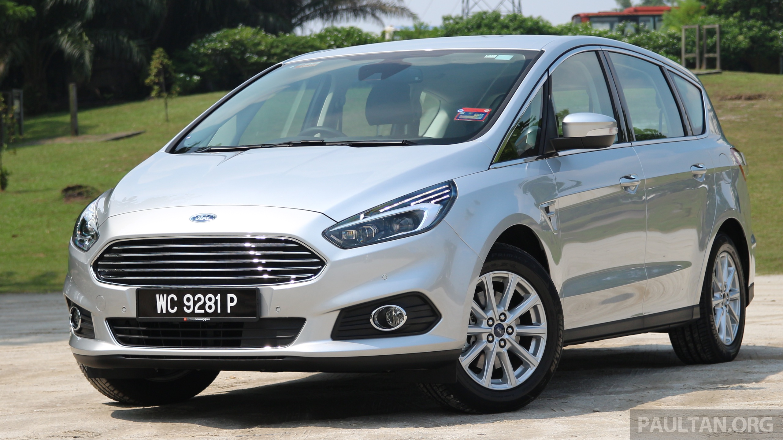 driven ford s max 2 0l ecoboost the sports mpv. Black Bedroom Furniture Sets. Home Design Ideas