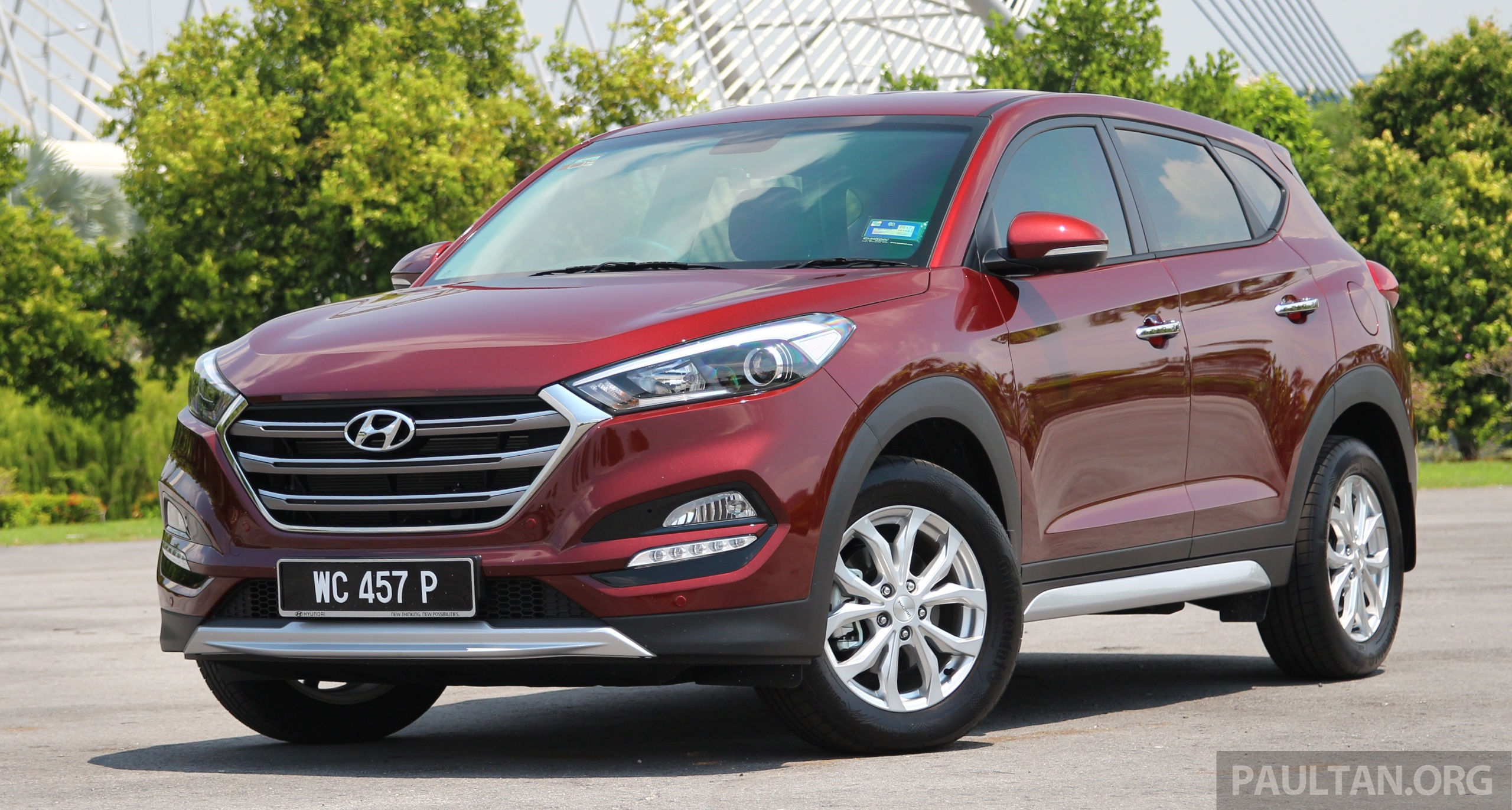 driven hyundai tucson 2 0 the korean alternative. Black Bedroom Furniture Sets. Home Design Ideas