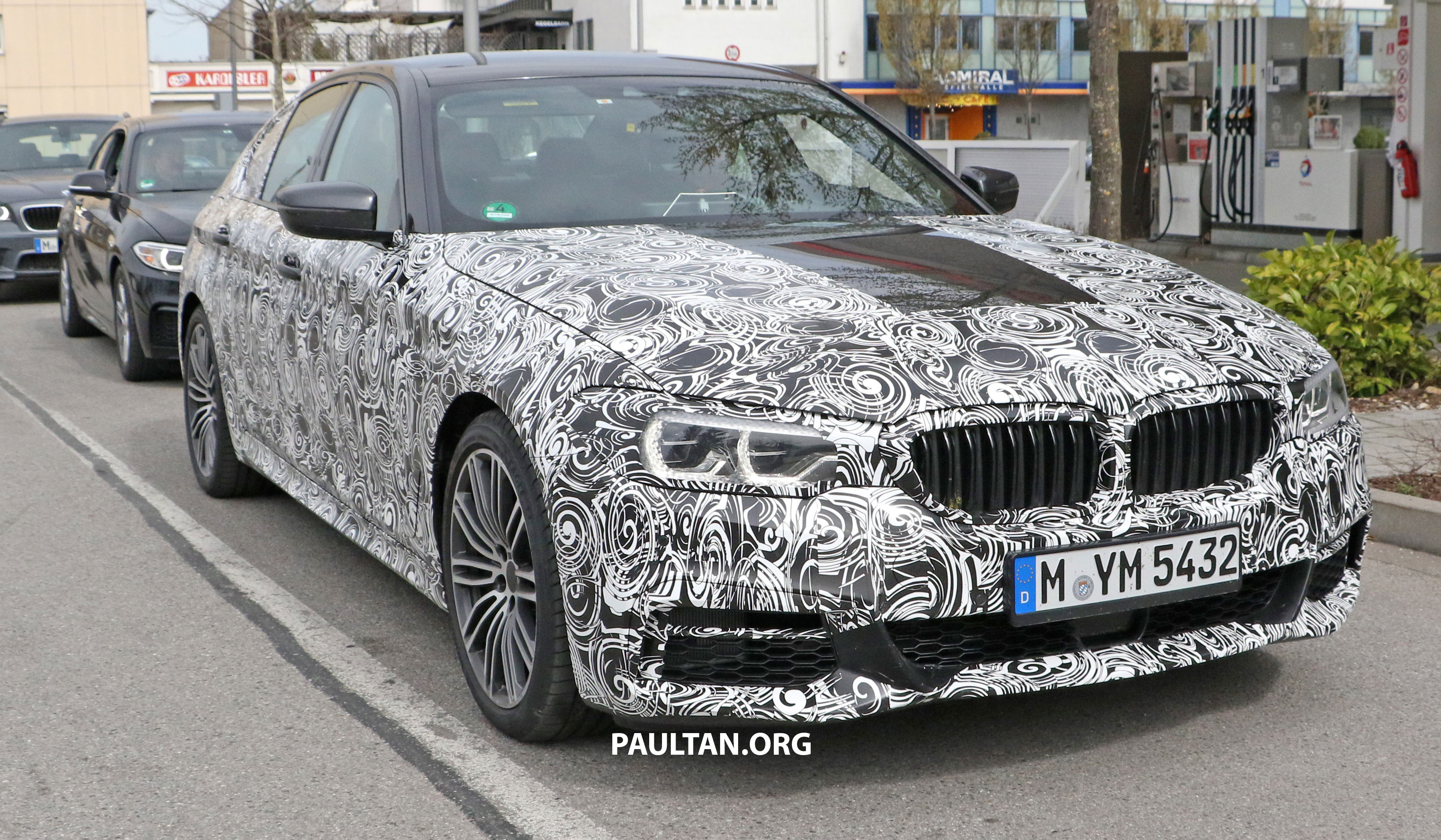 SPIED G30 BMW 5 Series M Sport Shows Its Interior Image 471644