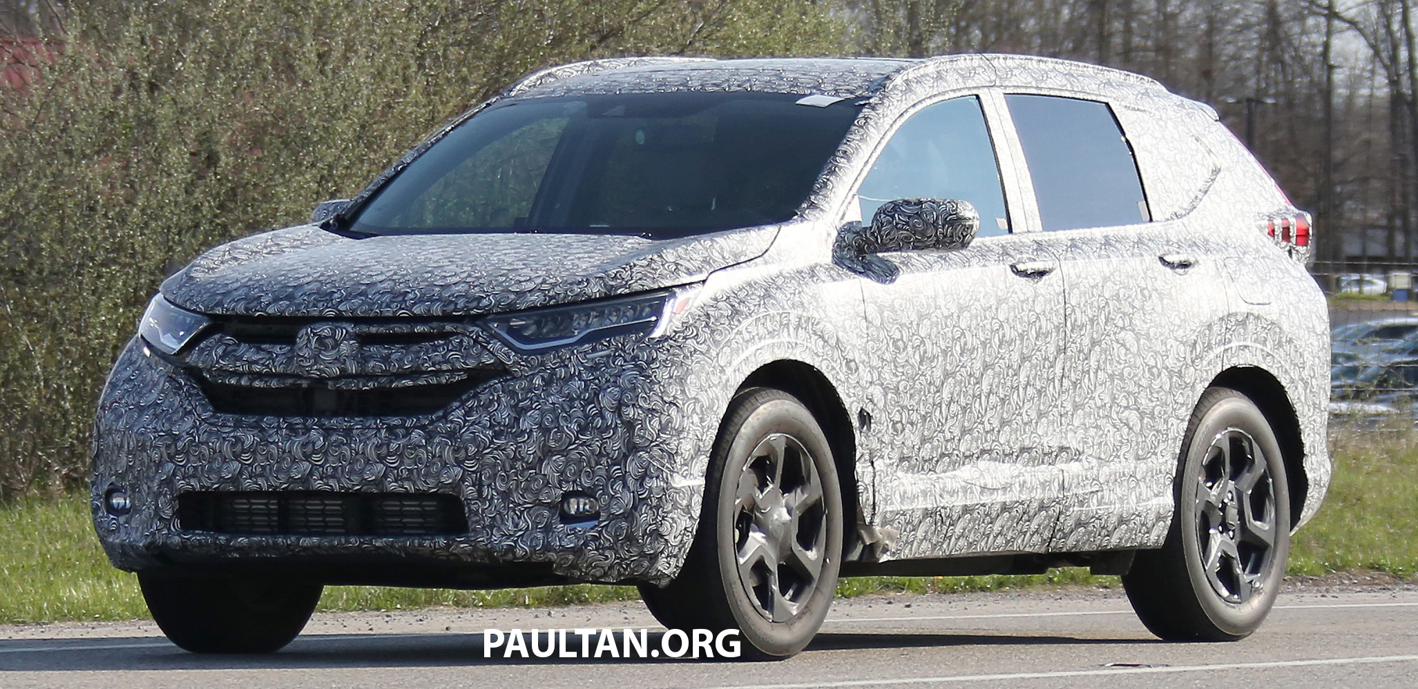 spied 2017 honda cr v first pics of next gen suv