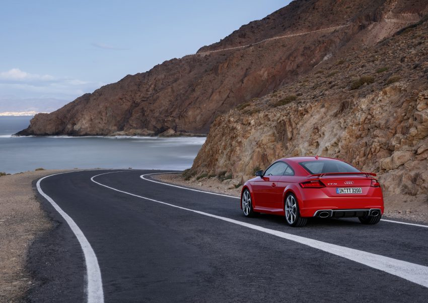 2016 Audi TT RS Coupe, Roadster debut with 400 hp Image #482907
