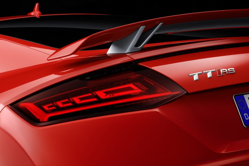 2016 Audi TT RS Coupe, Roadster debut with 400 hp Image #482886