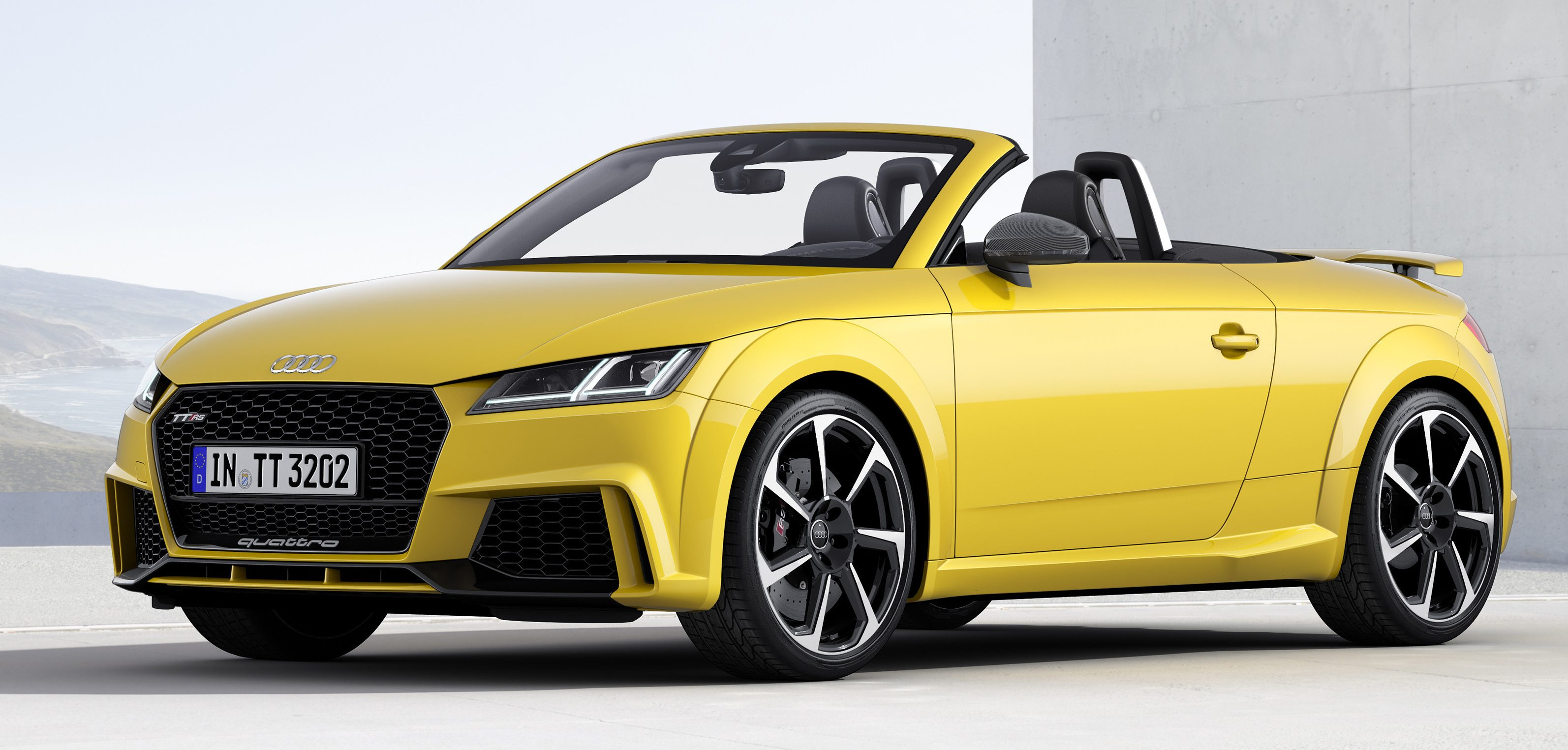 2016 audi tt rs coupe roadster debut with 400 hp image 482843. Black Bedroom Furniture Sets. Home Design Ideas