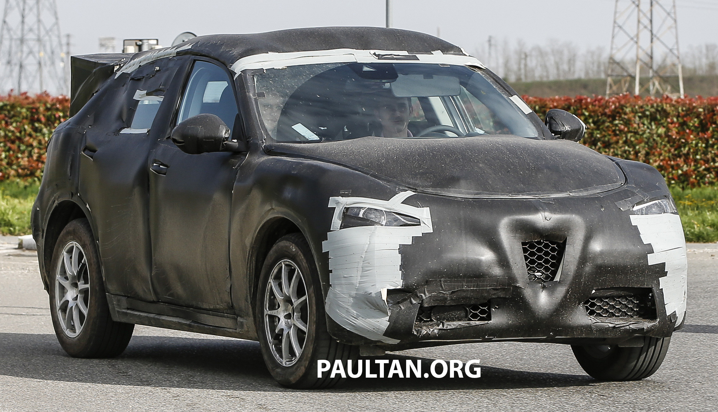 spied alfa romeo stelvio suv shows exterior shape. Black Bedroom Furniture Sets. Home Design Ideas