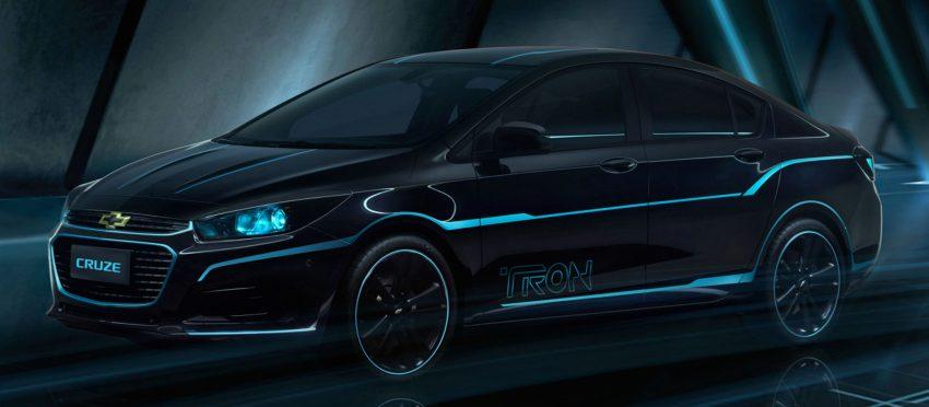 Chevrolet Cruze inspired by <em>TRON: Legacy</em> showcased Image #484080