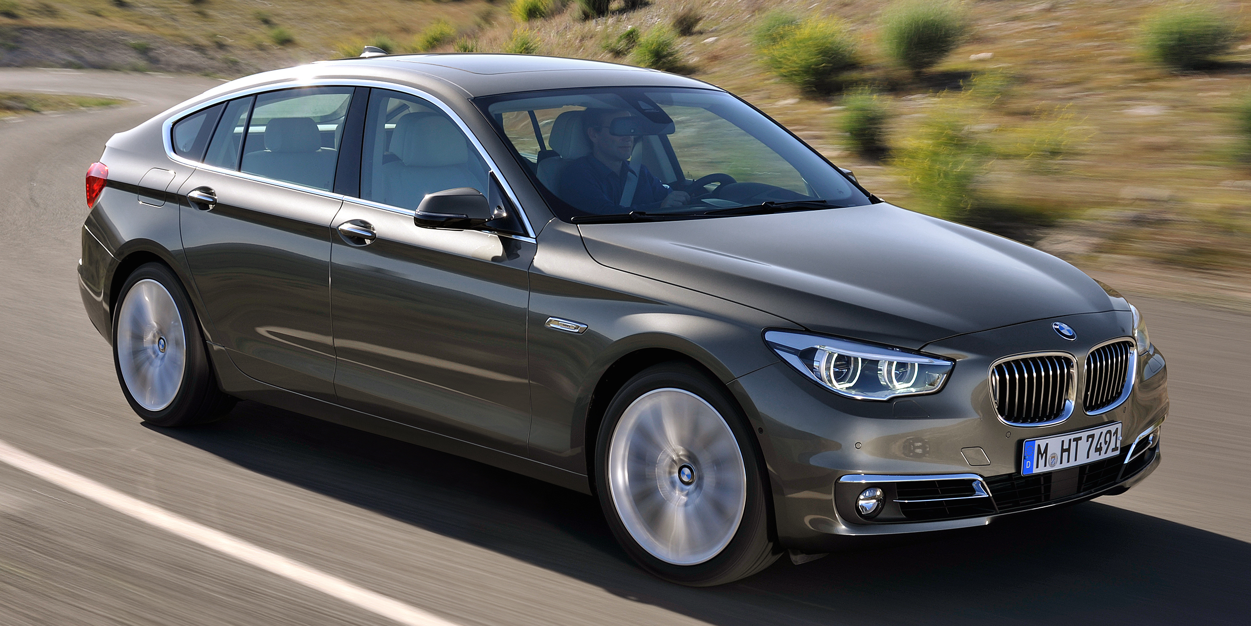 F10 BMW 5 Series sales exceed two million mark Image 476248