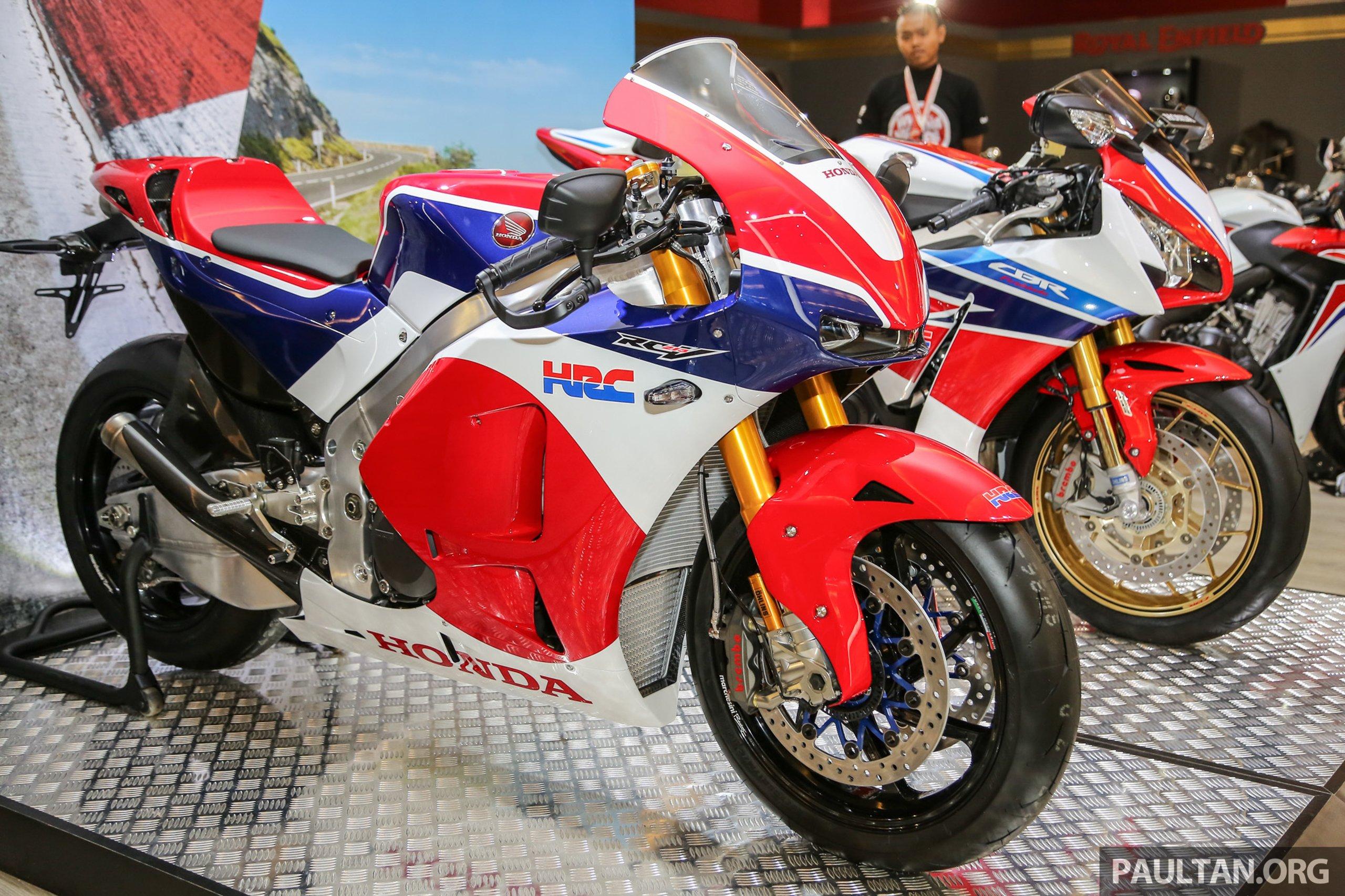 Officieel: Honda RC213V-S MotoGP replica | MotorFans.nl