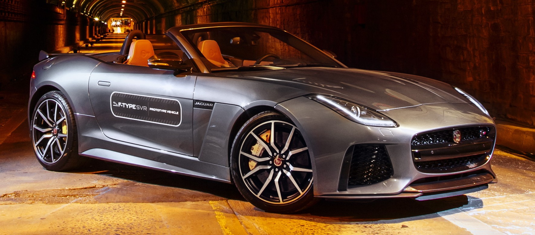 video jaguar f type svr roars through nyc tunnel paul tan. Black Bedroom Furniture Sets. Home Design Ideas