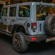 Jeep-Wrangler-Unlimited-Sahara-Batwrangler-2