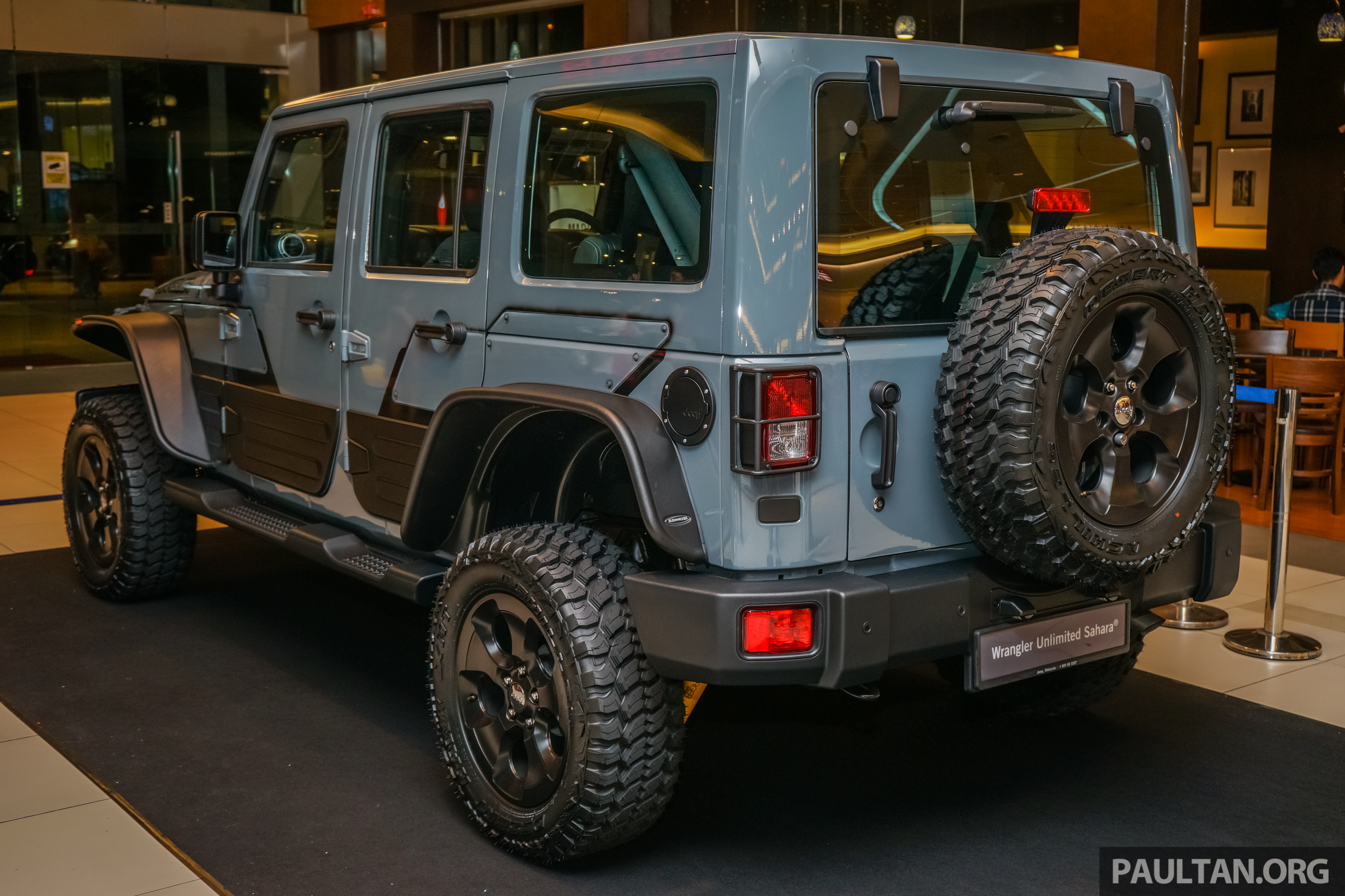 Jeep Wrangler Unlimited Sahara Batwrangler One Off Mopar Accessories Custom