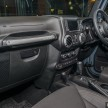 Jeep-Wrangler-Unlimited-Sahara-Batwrangler-26