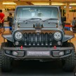 Jeep-Wrangler-Unlimited-Sahara-Batwrangler-3