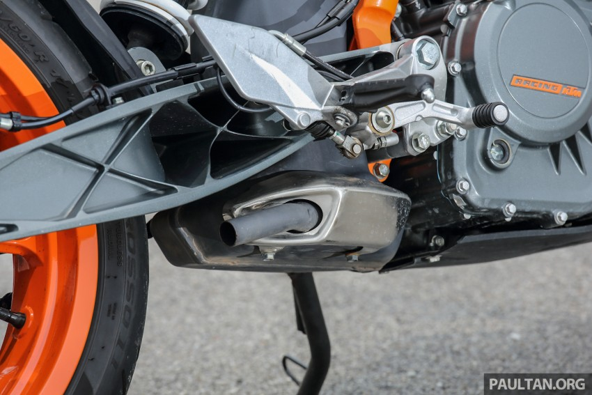 REVIEW: 2016 KTM Duke 250 and RC250 – good handling and good looks at an entry-level price Image #472579