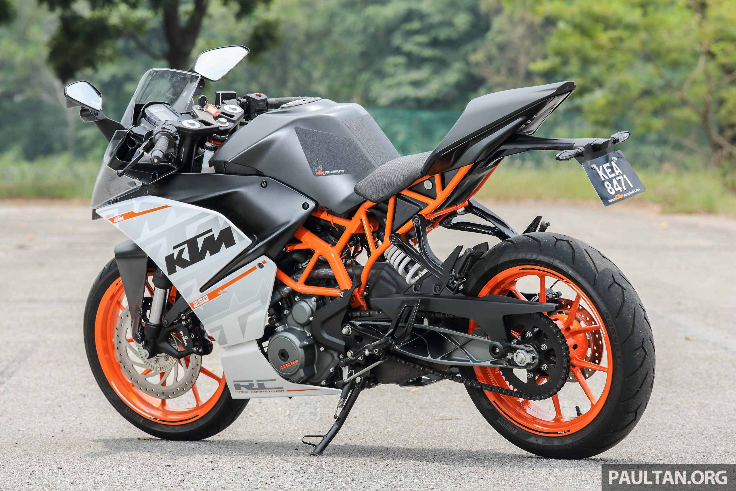 Ktm Duke Review