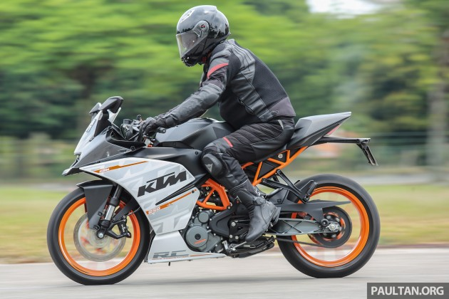 Review 2016 Ktm Duke 250 And Rc250 Good Handling And Good Looks