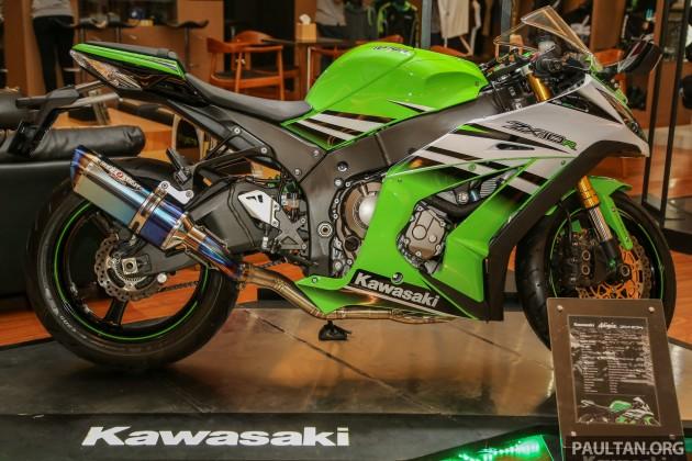 Kawasaki_ZX10R-4
