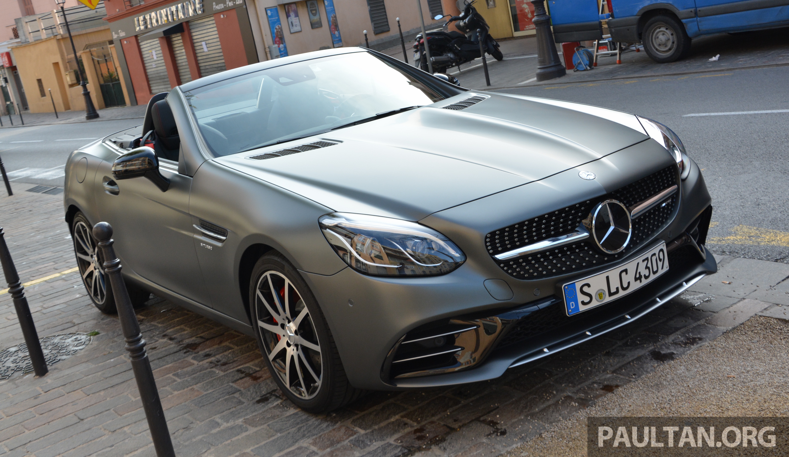 Driven mercedes amg slc43 in the french riviera image 474546 for Nice mercedes benz