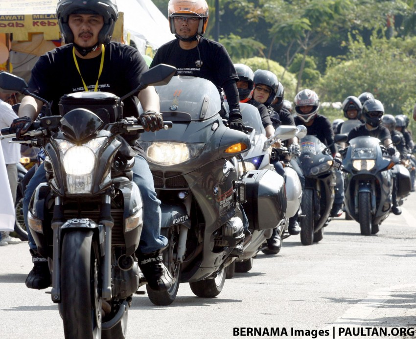 Is banning motorcycles from highways the solution? Image #470642