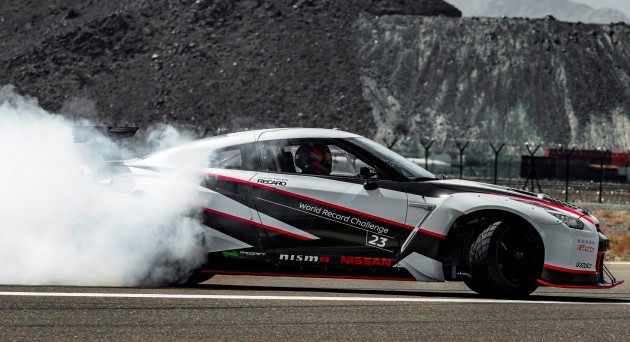 Nissan-GT-R-world-record-fastest-ever-drift-3-e1460079871222_BM