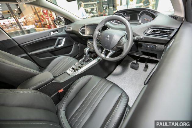 Peugeot408Publika_Int_-12