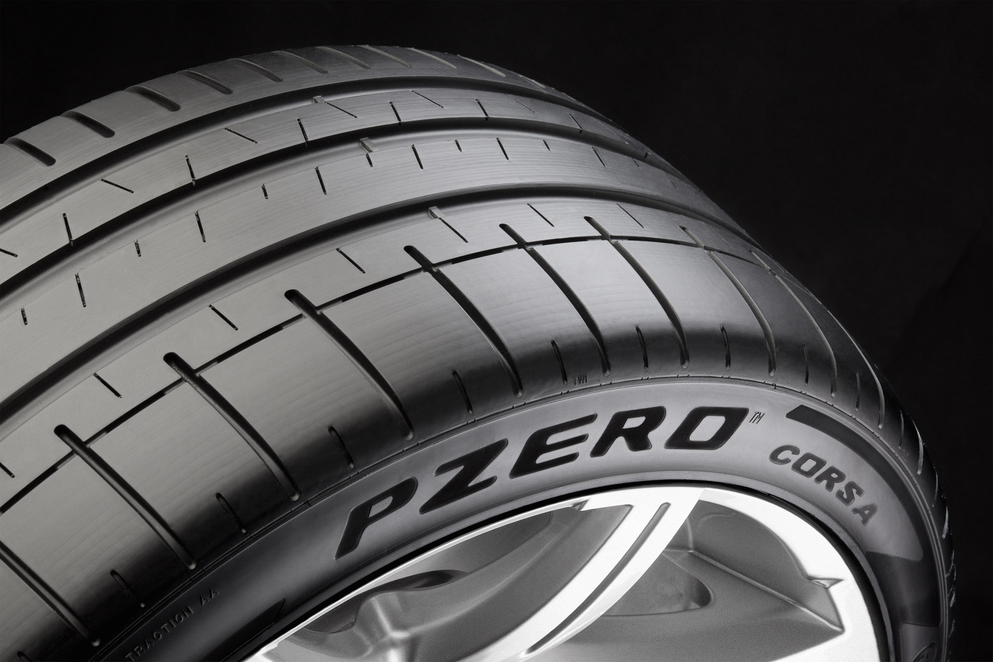 Pirelli P Zero >> Pirelli P Zero tyres with F1 tech launched in Shanghai Image 486505