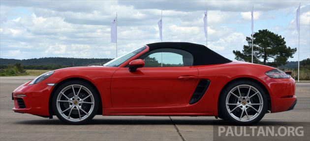 Porsche 718 Boxster S Review 8