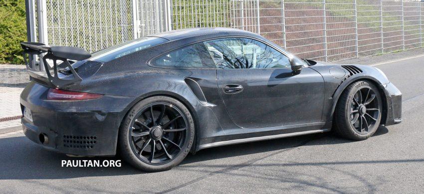 SPIED: Porsche 911 GT3 RS facelift – bigger engine? Image #478270